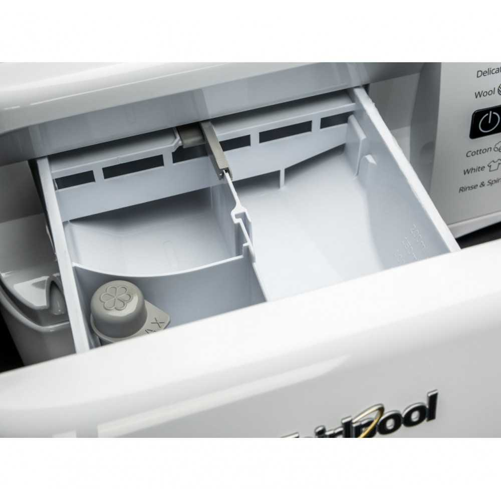 Пральна машина whirlpool FWDG86148B EU